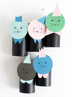 Upcycle your toilet paper roll by creating playful dolls - the perfect project for a quiet afternoon!