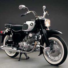 Honda Dream CA77 - Classic Japanese Motorcycles - Motorcycle Classics