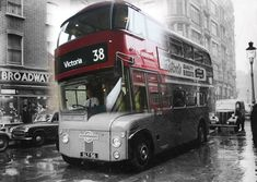 London Past and present: Historic London merges with modern-day capital in series of impressive photographs - Londontopia