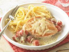 Try Tuscan Chicken Simmer tonight. With cream cheese, pesto, grape tomatoes & Italian cheese blend, our Tuscan Chicken Simmer will be a recurring favorite. Kraft Foods, Kraft Recipes, Chefs, Tuscan Chicken, Turkey Dishes, Cooking Recipes, Healthy Recipes, Free Recipes, Kitchen