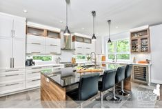 White kitchen and wood, shaker doors, white quartz and black granite, contemporary . Country Kitchen, New Kitchen, Kitchen Decor, Kitchen Wood, Granite Kitchen, Kitchen Modern, Kitchen Tips, Black Kitchens, Cool Kitchens