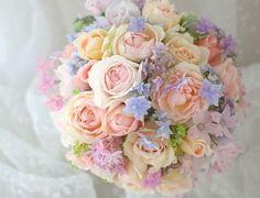 Such a beautiful bouquet Flower Bouqet, Beautiful Bouquet Of Flowers, Beautiful Flower Arrangements, Pink Bouquet, Floral Bouquets, Beautiful Flowers, Pastel Wedding Theme, Floral Wedding, Blush Wedding Centerpieces