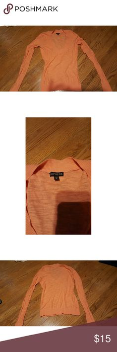 Express long-sleeved shirt peach/coral Size small women's long-sleeved peach/coral shirt Express Tops Tees - Long Sleeve