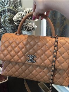 d4ebc50963e7 28 Best Chanel Kelly Bag images | Kelly bag, Chanel coco handle, Caviar