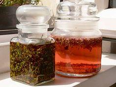 Vyrobte si malé domácí poklady z levandule– Novinky.cz Nordic Interior, Korn, Kraut, Mason Jars, Lavender, Herbs, Homemade, Diy, Survival