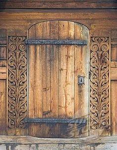 Carved wooden portal, Heddal Stave Church Heddal Stavkirke, thirteenth_century stave church in Norway, Scandinavia, Europe (1848-)