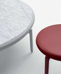 Small table Maru B&B Italia - Design by Nipa Doshi and Jonathan Levien
