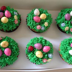 Regardez cette photo Instagram de @sweetsugarpearls • 1 mention J'aime Photo Instagram, Instagram Posts, Easter Cupcakes, Chocolate, Desserts, Food, Tailgate Desserts, Deserts, Essen