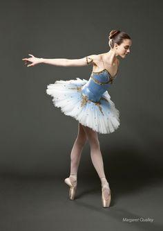 Most viewed - - Margaret Qualley Online - Photo Gallery Margaret Qualley, Tutu Ballet, Ballet Dancers, Ballerinas, Tutu Costumes, Ballet Costumes, La Bayadere, Ballet Russe, Online Photo Gallery