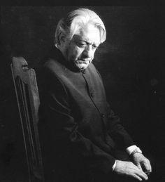 Ezzatollah Entezami iranian