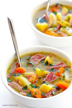 This Slow Cooker Corned Beef and Cabbage Soup only takes 15 minutes to prep, and turns into the most delicious comfort food. Cooking Corned Beef, Slow Cooker Corned Beef, Slow Cooker Potatoes, Slow Cooker Soup, Slow Cooking, Slow Cooker Recipes, Beef Recipes, Cooking Recipes, Potato Recipes