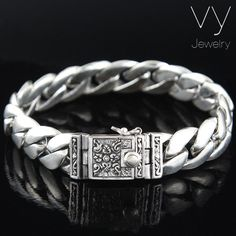 Men's quality gold jewelry is much more readily available than ever before. Learn what to look for when you want to buy a new piece of jewelry for yourself. Mens Silver Jewelry, Mens Silver Rings, Silver Man, 925 Silver, Diamond Jewelry, Sterling Silver Name Necklace, Silver Earrings, Stud Earrings, Ankle Bracelets