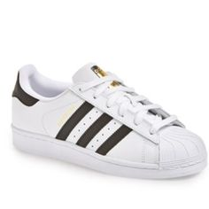 Adidas sneakers brand new size 7 Trendy adidas sneakers worn with ripped jeans for brunch! Adidas Shoes Athletic Shoes