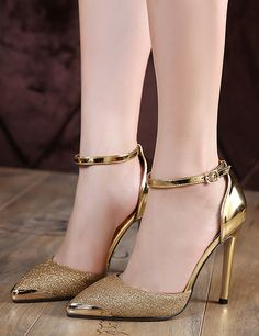 Discover Fashion Glitter Sequin Pointed Toe Stiletto High Heel Pumps here, with a wide range of collections. Shop latest styles on sheinchic. Stiletto Pumps, High Heels Stilettos, High Heel Boots, Shoes Heels, Women's Pumps, Heeled Sandals, Dress Shoes, Corset Dresses, Glitter High Heels