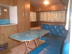 Retro 70s Australian Caravan Viscount Ambassador