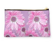 Studio Pouch www.macsnapshot.com #studiopouch #redbubble #forher #pink #pinkflowers #macsnapshot
