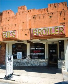 This is THE home of the Manske roll! - Review of Gil's Broiler, San Marcos, TX - FAMOUS hangout when I went to SWTSU.