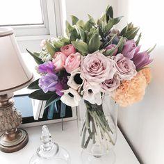Смотрите это фото от @jane.florist на Instagram • Отметки «Нравится»: 2,975