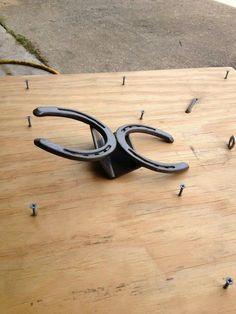 The Advantages Of New Fibre Laser Welding Techniques – Metal Welding Welding Crafts, Welding Art Projects, Metal Art Projects, Metal Crafts, Blacksmith Projects, Welding Ideas, Horseshoe Projects, Horseshoe Crafts, Horseshoe Art