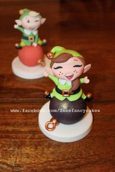 The best sugar figure maker,and generous tutorialist @ Zoe's Fancy Cakes Christmas Elf, All Things Christmas, Winter Christmas, Christmas Themes, Christmas Ornaments, Christmas Cakes, Xmas, Gorgeous Cakes, Amazing Cakes