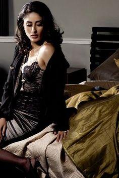 Bollywood Actress Kareena Kapoor | Kareena Kapoor Photos & Pics |
