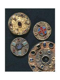Title: Gilt silver fibulas and earrings, Goldsmith's art, Merovingian… Medieval Jewelry, Viking Jewelry, Ancient Jewelry, Stone Jewelry, Antique Gold, Antique Jewelry, Unusual Jewelry, Antique Rings, Runes Futhark