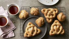 Get your doublet and hose ready for a right Tudor knees-up. These traditional Tudor biscuits are flavoured with prized spices – caraway, aniseed and mace.