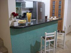 balcão-cozinha-revestido-pastilhas