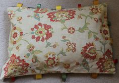 Dog Cat Pet Bed Handcrafted in Vintage Fabric and Ribbons My Furniture, Ribbons, Suitcase, Dog Cat, Throw Pillows, Pets, Green, Fabric, Vintage