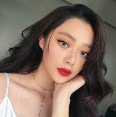 asian makeup – Hair and beauty tips, tricks and tutorials Red Lips Makeup Look, Korean Makeup Look, Asian Makeup, Makeup Tips, Beauty Makeup, Hair Makeup, Beauty Tips, Beauty Products, Cute Makeup