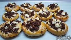 Marhahússal töltött pogácsa Doughnut, Feta, Cheesecake, Cheesecakes, Cherry Cheesecake Shooters