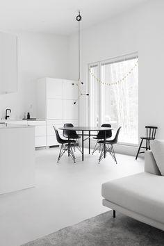 Minimalist Dining Room, Minimalist Home Interior, Modern Room Decor, Stylish Home Decor, Monochrome Interior, Interior Design, Minimal Decor, Loft, Apartment Design