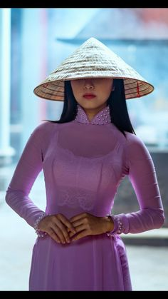 Best 11 All sizes Beautiful Chinese Girl, Beautiful Asian Women, Ao Dai, Oriental Fashion, Asian Fashion, Trendy Sarees, Vietnamese Dress, Sexy Asian Girls, Traditional Dresses