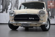Mini Cooper 1300 Innocenti - I like the grill on these. Mini Cooper Classic, Classic Mini, Classic Cars, Austin Cars, Mini Copper, Mini One, Mini Things, Classic Italian, Small Cars