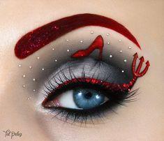 Fashion - Modern Eye Make-up Art - New Mhendi Designs & Fashion Moon Makeup, Eye Makeup Art, Colorful Eye Makeup, Eye Art, Eyeshadow Makeup, Cool Makeup Looks, Crazy Makeup, Cute Makeup, Make Up Art