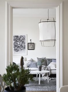 A Rather Interesting and Eclectic Décor - NordicDesign