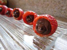 Nutella-FilledStrawberries