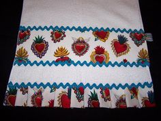 Corazones (Hearts) towels...image from Etsy.  Easy to make!