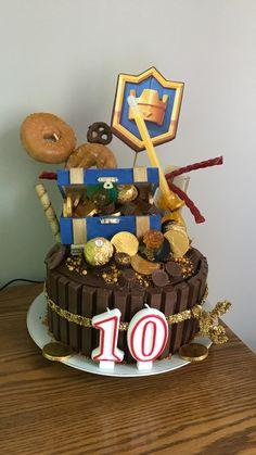 Clash royale birthday cake!