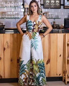 Enterizo bota ancha Jumpsuit Dressy, Plus Size Jumpsuit, Jumpsuit Outfit, African Fashion Dresses, African Dress, Fashion Outfits, Classy Outfits, Cute Outfits, Cute Pants