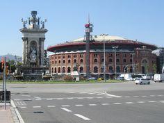 Placa d'Espanya, arenas de Barcelona. Als je in dit winkelcentrum de roltrap naar boven neemt krijg je een mooi (foto) panorama.