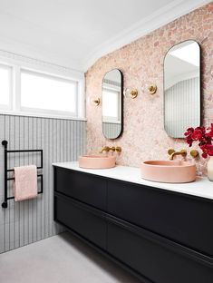 pink bathroom Aside from serving as a mount for your sink and offering valuable storage and counter space, an excellent vanity is the focal point of most bathrooms. Pink Bathroom Decor, Bathroom Trends, Bathroom Interior Design, Bathroom Renovations, Bathroom Ideas, Bathroom Vanities, Blush Bathroom, Bathroom Cabinets, Boho Bathroom