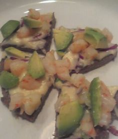 Pizza with shrimp, avocados, red onion, mozzarella cheese.  Pizza crust recipe from Maria Emmerich.