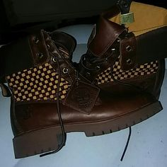 WOMEN'S LIMITED EDITION LEATHER TIMBERLANDS Size 6 1/2 . Never worn, Genuine leather. Does not come with box . Timberland Shoes Ankle Boots & Booties