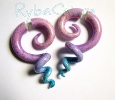 Fake gauge tentacle earrings in gradient colour