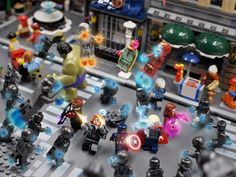 Marvel Superheroes in Lego: 2015 Lego Spiderman, Lego Ironman, Lego Marvel, Big Lego, Cool Lego, Marvel And Dc Superheroes, Amazing Lego Creations, Lego Pictures, Lego Models