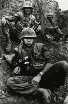 Don McCullin Vietnam war photographer, pictured here in Hue during the Tet Offensive in 1968