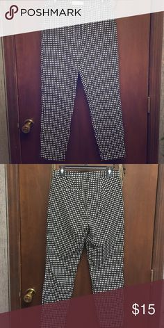 Business casual pants Brand new. Never worn. Abercrombie & Fitch Pants Ankle & Cropped