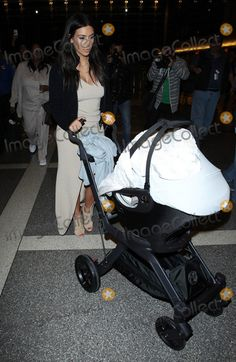 Kim Kardashian @ LAX Kardashian Photos, Kim Kardashian, Jenners, Celebrity Photos, Photo Library, Celebrities, Celebs, Celebrity, Famous People