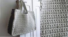 Un sac bicolore au crochet